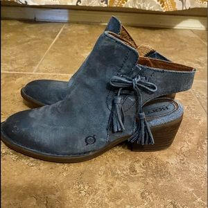 Born blue leather zip booties size 7